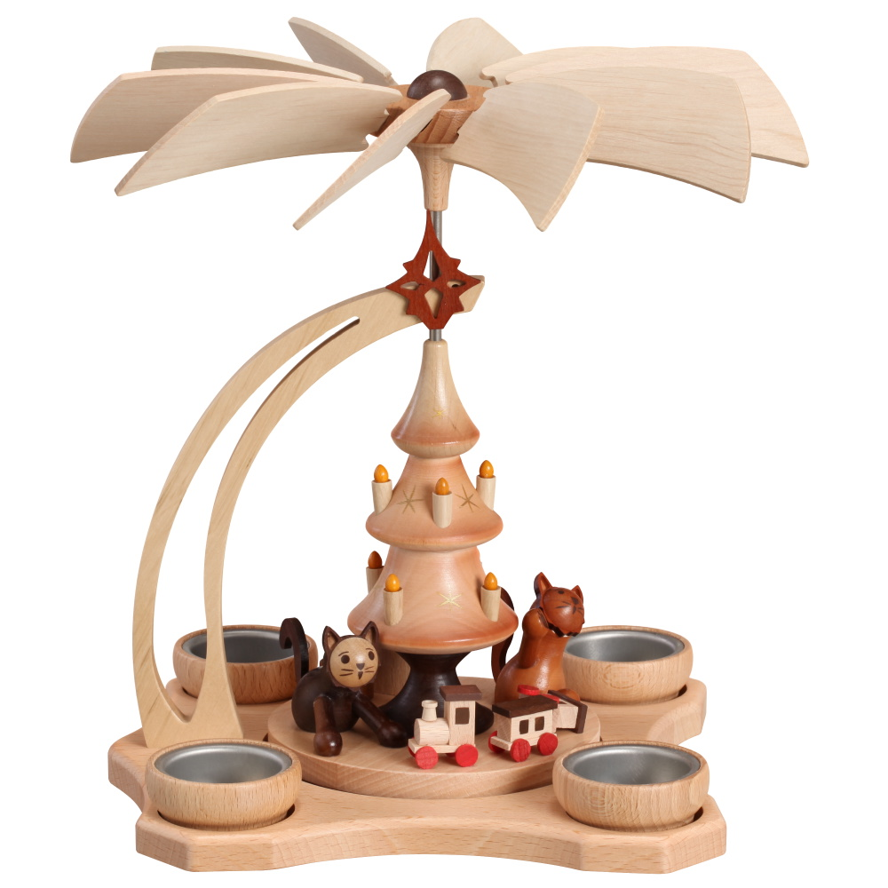 Tischpyramide spielende Katzen mit vier Teelichter