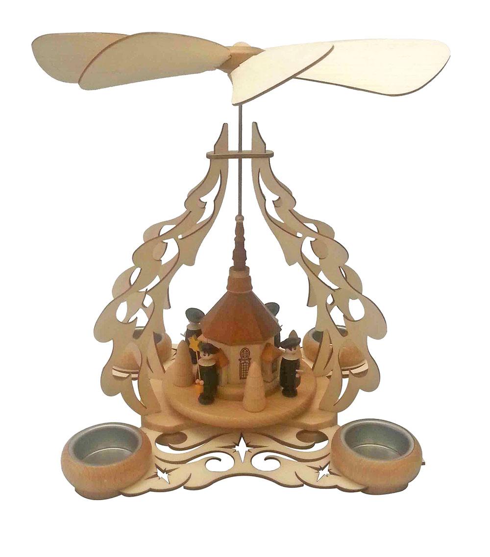 Tischpyramide mit Seiffener Kirche, Kurrendefiguren und Bäumchen für 4 Teelichter