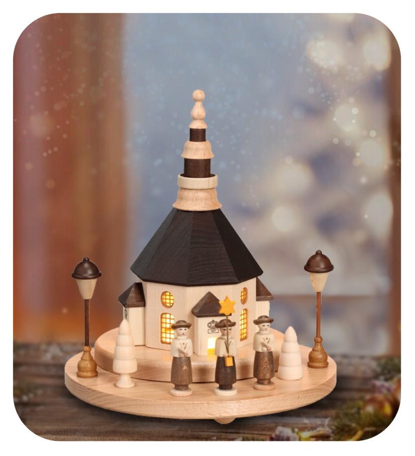 Seiffener Kirche mit Kurrendefiguren